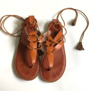 American eagle sandals size 8 brown
